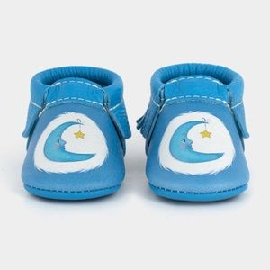 🆕 Freshly Picked Moccasins Care Bear Bedtime Sz 2